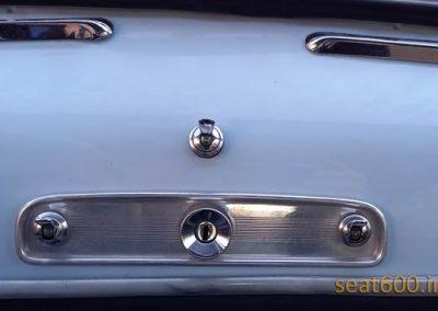 Arranque por llave en el Seat 600 D